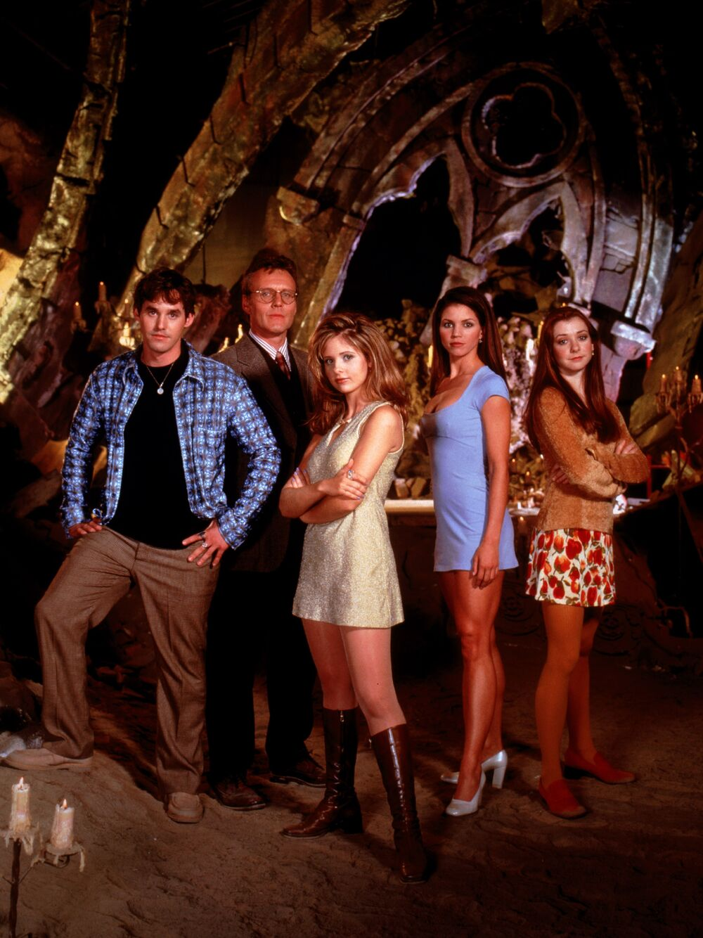 Promotional Photo from Season 1 of Buffy the Vampire Slayer, showing , Xander, Giles, Buffy, Cordelia, and Willow.